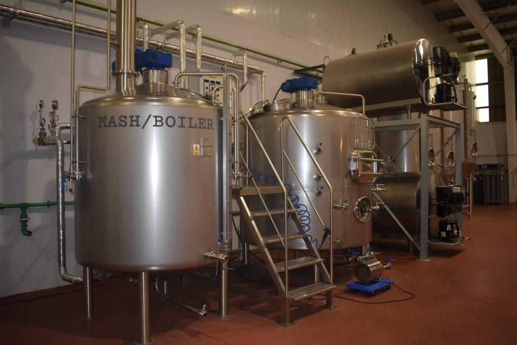 cerveza Raíz cuadrada fábrica